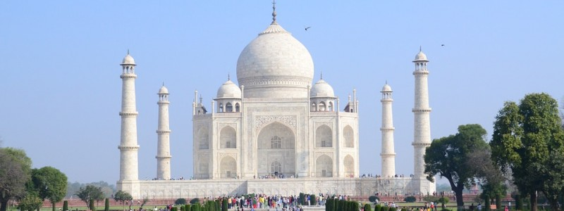 Explore the Architectural Splendor of Agra