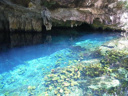 tulum_grotto