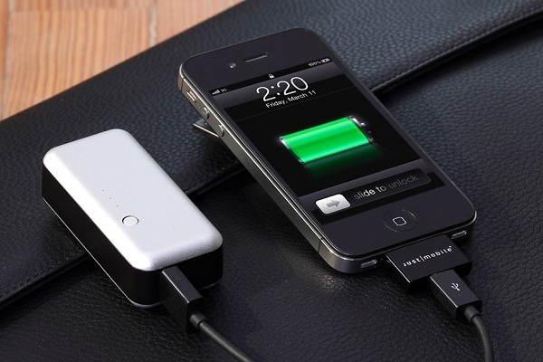 With such a battery you can charge not only a smartphone, but also a player, tablet and other portable devices