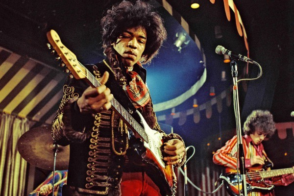 In 1968-1969 in the same house, now Handel museum, lived an American guitar virtuoso Jimi Hendrix